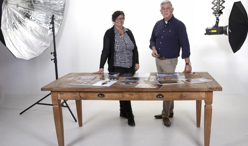 Fotografen Diana Bekker en Chris Gottenbos besloten een Praatplaat-avond te organiseren met het doel om kennis te delen en te leren van elkaar. (Foto: Diana Bekker)