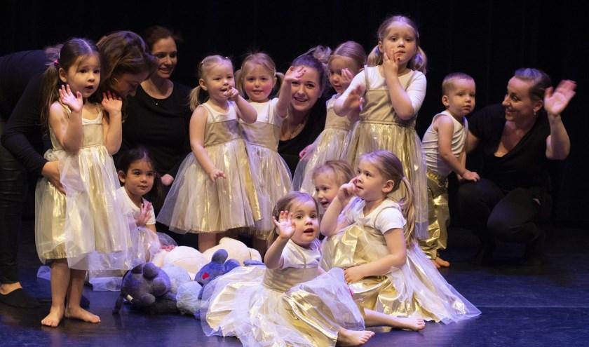 Alle peuters van 3 jaar zijn welkom om lekker te komen dansen en bewegen.