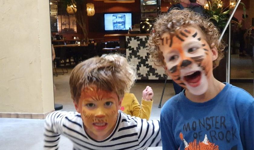 De broertjes Tibbe en Jip Donders uit Kaatsheuvel zijn de 'Jarigen van de Week'. Van harte gefeliciteerd!