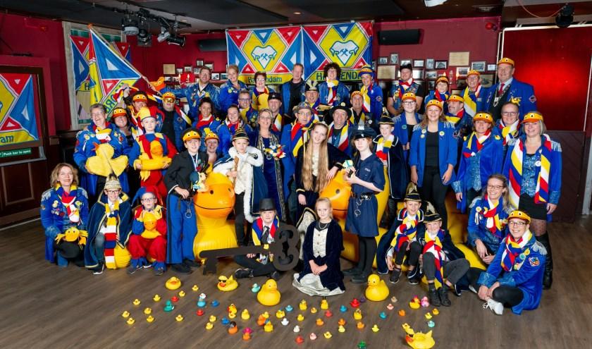 Haorendam is klaar voor carnaval. Het motto voor 2020 luidt 'Ge viert 't niein oe een(d)tje!'. Foto: Arold van der Aa
