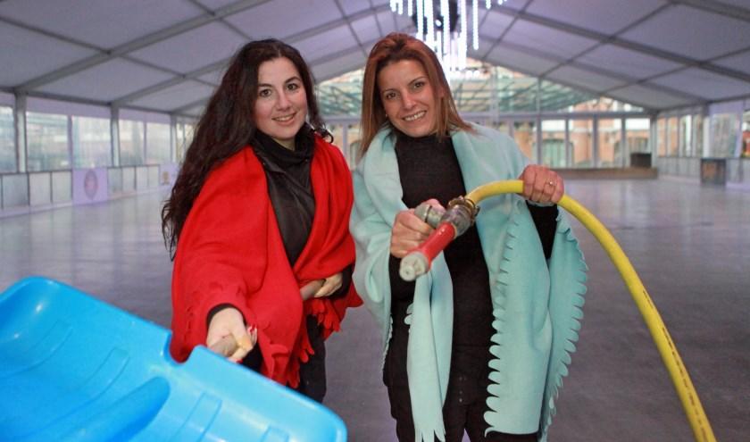 Nellie Mykoniou en Mona Atmen staan klaar voor de 13e editie van Cool Event Scheveningen (Foto: Peter van Zetten).