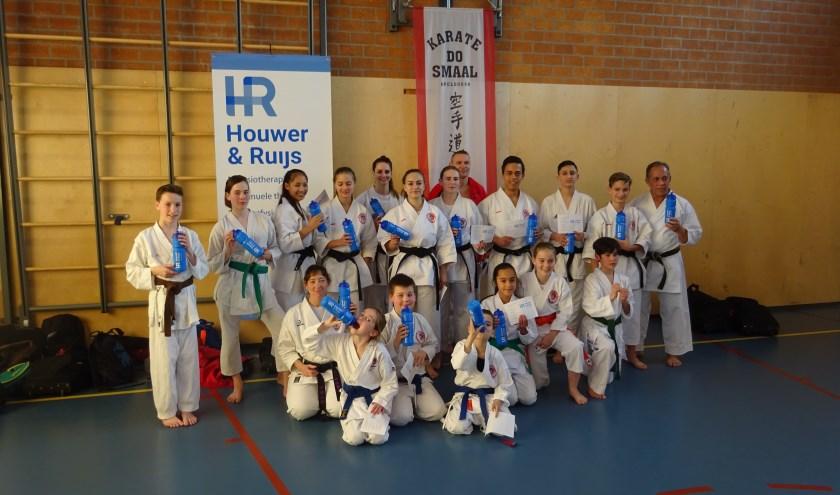 deelnemers en enkele coaches Karate-do Smaal