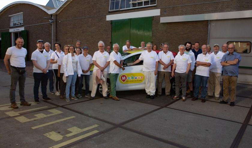 Alle vrijwilligers van Mobuur.(foto: Harry Smit)