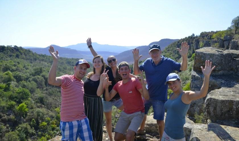 De reizigers op uitkijkpunt op Panorama route