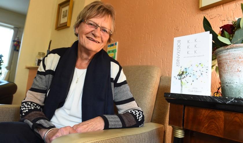 """Jenny Oude Egberink: """"Ik wil bereiken dat mensen zelf gaan nadenken over hun behandelplan."""" (foto: Roel Kleinpenning)"""