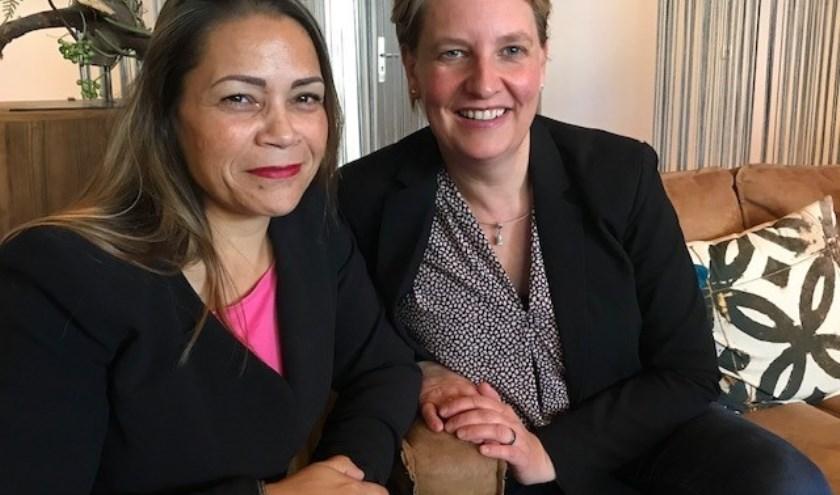 """Priscilla de Wildt en Femke Graveth van Stichting High Hopes: """"Maandelijkse hulp, daar gaan we ons voor inzetten"""" (foto: Corine van Dijk)"""