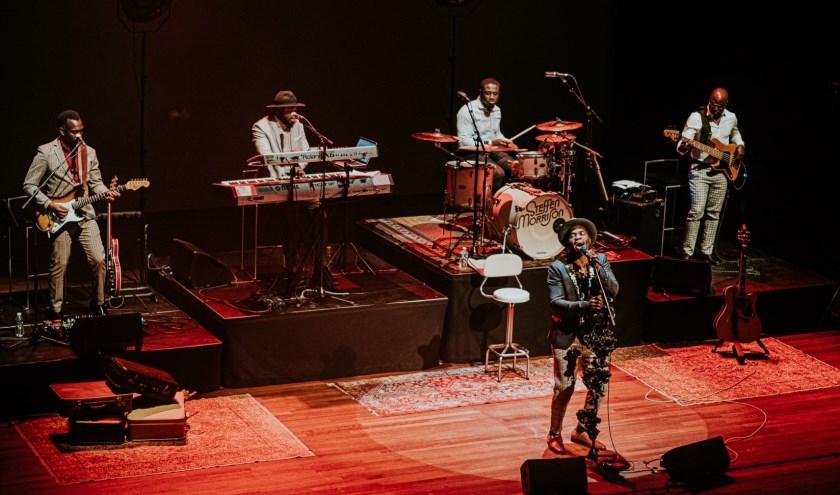 Steffen Morrison brengt, geïnspireerd door Otis Redding en James Brown, de mooiste soulnummers ten gehore.