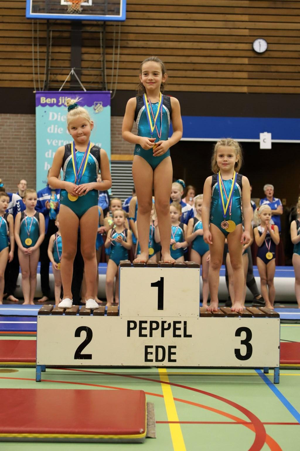 trotse dametjes op het podium Foto: Alex Beukhof © DPG Media