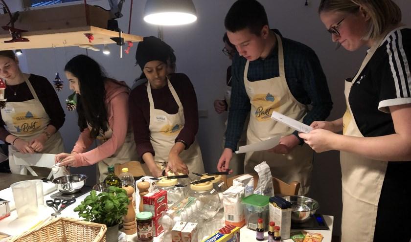 Woerdense jongeren gaan weer heerlijk bakken.