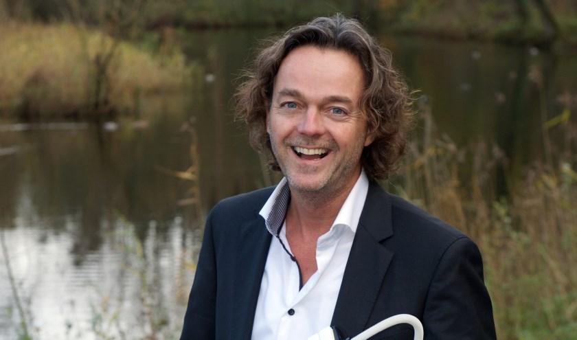 Henk Ruiter is muzikaal leider van The Christmas Night, (foto: Frank Uijlenbroek)