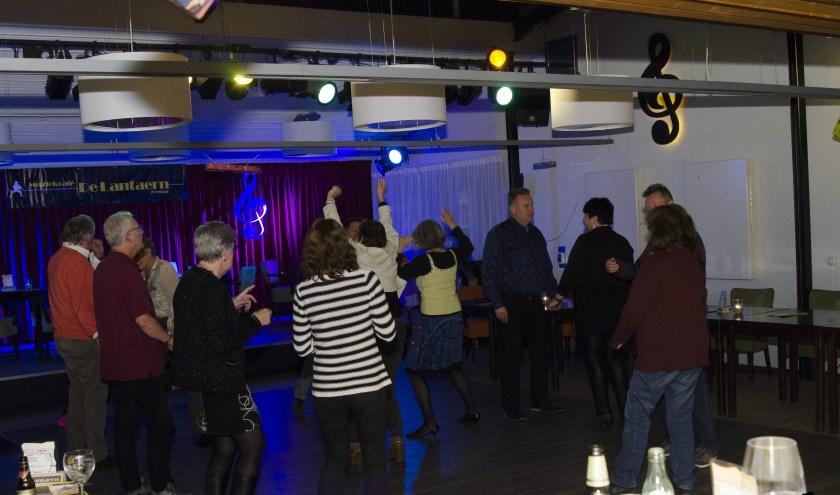 Op zaterdag 7 december kunnen in Muziekcafé De Lantaern weer de voetjes van de vloer tijdens de jaarlijkse discoavond. (foto: PR)