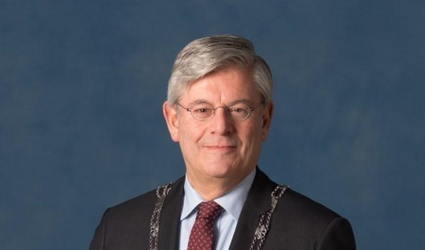 Burgemeester Aptroot. Foto: Fotoflex