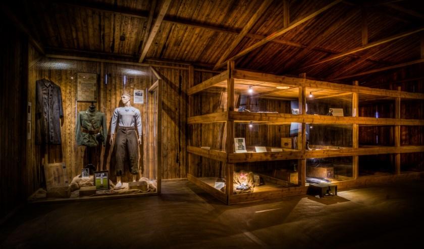 Het diorama dat op mij de meeste indruk maakte. Niet eens de barak uit een concentratiekamp op zich (hoewel je de wanhoop bijna voelt), maar het beeld als je door het (authentieke) raam naar buiten kijkt...
