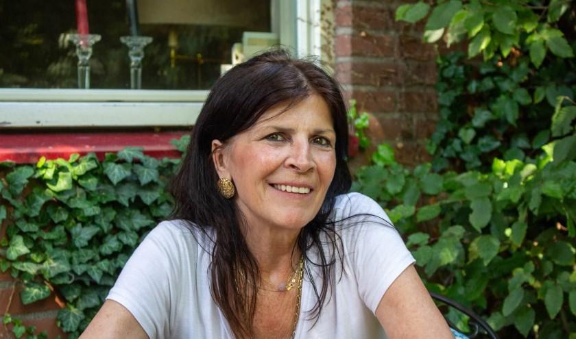 Filosofe Karin Melis is de gast in het AD Café van zondag 8 december.
