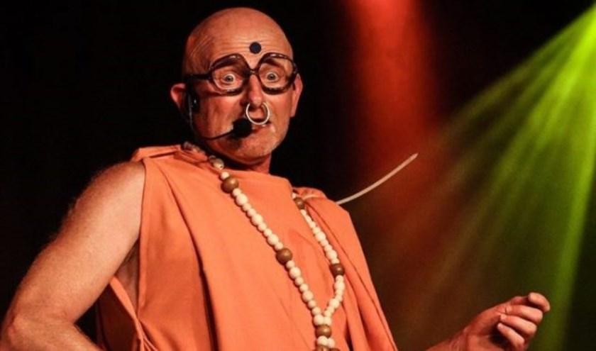 Berry Knapen is een van de tonpraoters die tijdens de Leste Zitting van Peer en Rita' optreedt.