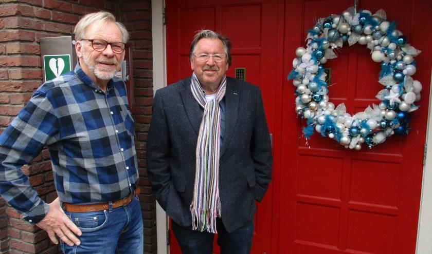 Bestuurslid Willem Bongaarts (links) en voorzitter Peter Vermijs van Senior 5.0 willen ervoor zorgen dat ouderen in hun wijk elkaar ontmoeten.