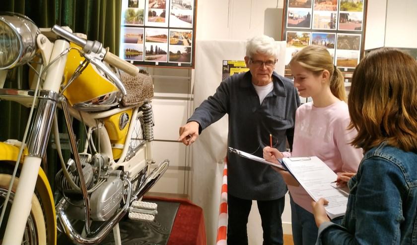 De leerlingen gingen op bezoek bij het museum. (Foto: Marijke Klunder)