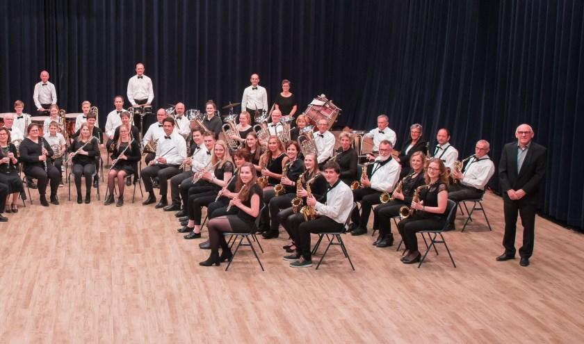 Het Groot Orkest van de harmonie.