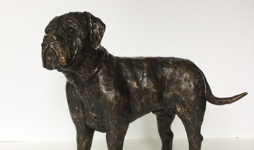 Bull Mastiff, bronzen beeldje van Gerarda Kan.