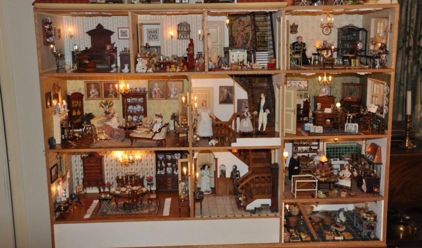 Het miniatuurhuis dat Cocky met haar man Rien helemaal zelf heeft gemaakt en ingericht.