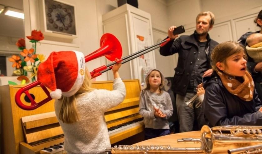 Kerstfeest op de Ringdijk, zaterdag 14 december van 14.00 tot en met 17.30 uur.