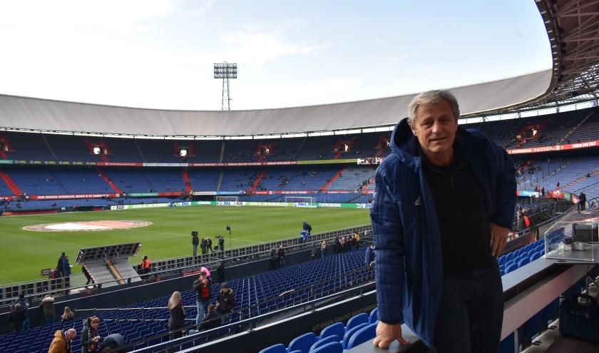 Peter Houtman is een van de weinige voetballers die zowel voor Feyenoord, Sparta als Excelsior heeft gespeeld. Sinds 1998 is hij de vaste stadionspeaker van de Stadionclub. (Foto's: Wouter Vocke)