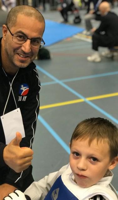 Coach Abdelhey Chakor en leerling Brandon Bosch