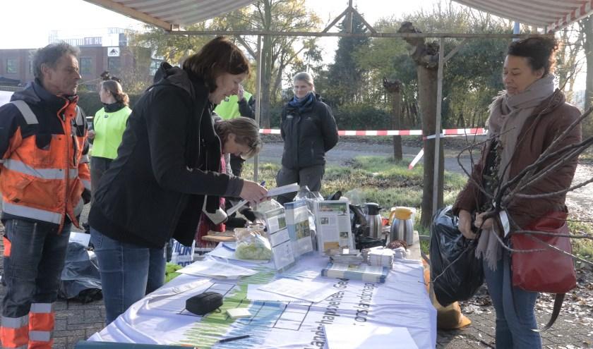 Er werd volop planten verkocht voor behoud van vlinders en bijen in Culemborg.