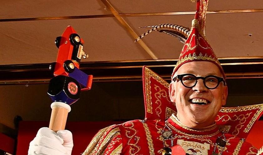 Eric Boschman is namens Paljas de Stadsprins van Boemelburcht. Het Paljaspubliek maakt in de PaljasRevu kennis met hem.  (foto: F. Dercksen)
