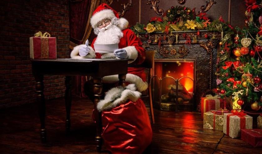 Breng een bezoek aan het huis van de kerstman.