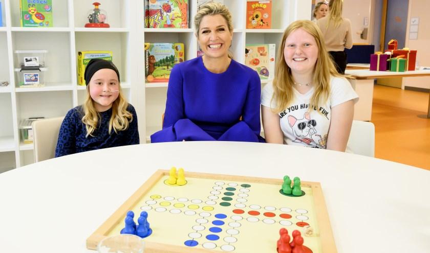 Tijdens het werkbezoek bezocht koningin Máxima ook de dagbehandeling, waar zij korte ontmoetingen had met kinderen en ouders.