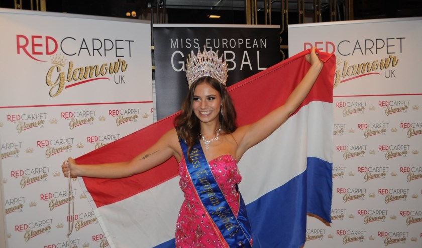 Miss european global met vlag