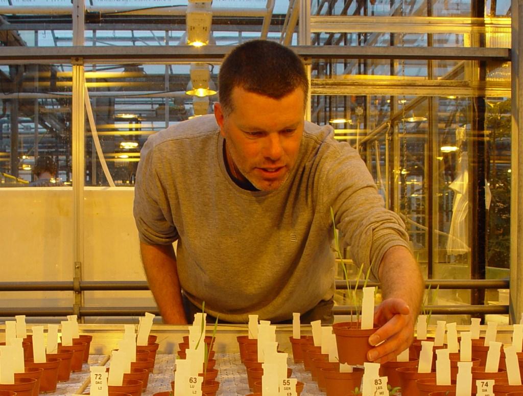 Dr.ir. Wieger Wamelink geeft college op 2 februari en hij zal stilstaan bij de vraag of de mens voedsel kan verbouwen op Mars of op de maan.  Foto:  © DPG Media