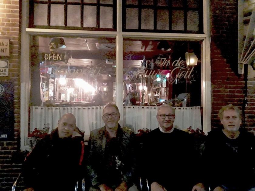Gert Burnama (organisatie), Gert de Jong (sponsor), Pieter Molenaar (organisatie) en Bert Kelder (organisatie).