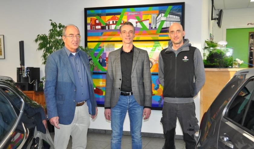 Paul de Lathouder met zijn opvolgers Jeroen Rus en zoon Niels de Lathouder. FOTO: Julie Houben