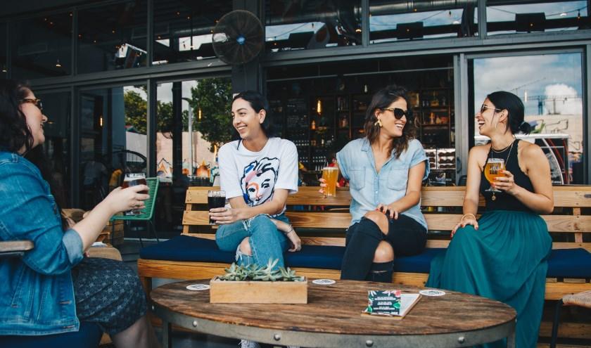 Het doel van Join Us is dat jongeren zelf sociale contacten opbouwen en onderhouden. Afbeelding ter illustratie. (Foto: Pexels)