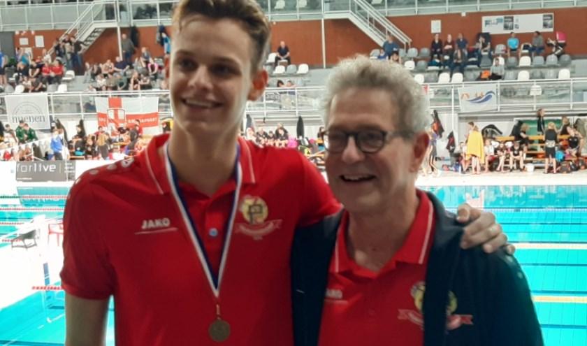 Perry Laarhoven met zijn trainer Hans Piederiet