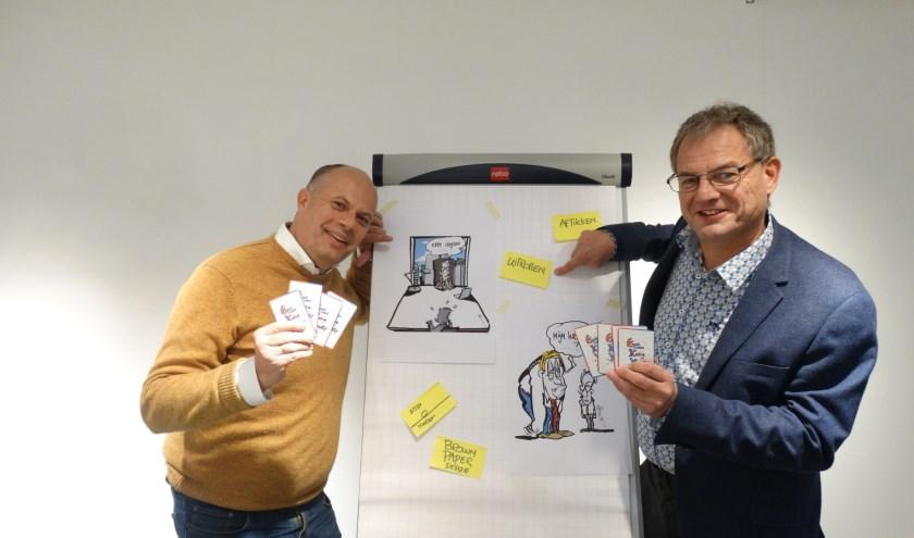 Mark de Koning (l) en Marcel de Jong (r) presenteren op 14 december het Krankzinnig kantoorkwartet. Foto: Madelief de Koning.