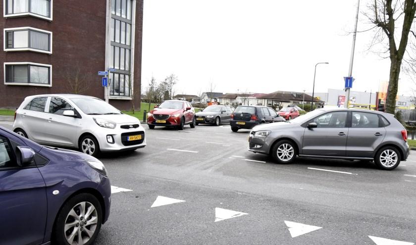 De onveilige kruising KW-weg/Goudkade wordt volgend jaar aangepakt. Foto: Marianka Peters
