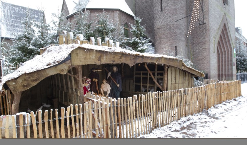 De kerststal bij de Nicolaaskerk aan de Markt in Valkenswaard, een eerder jaar. Foto (via gemeente): Heidi Wils Fotografie