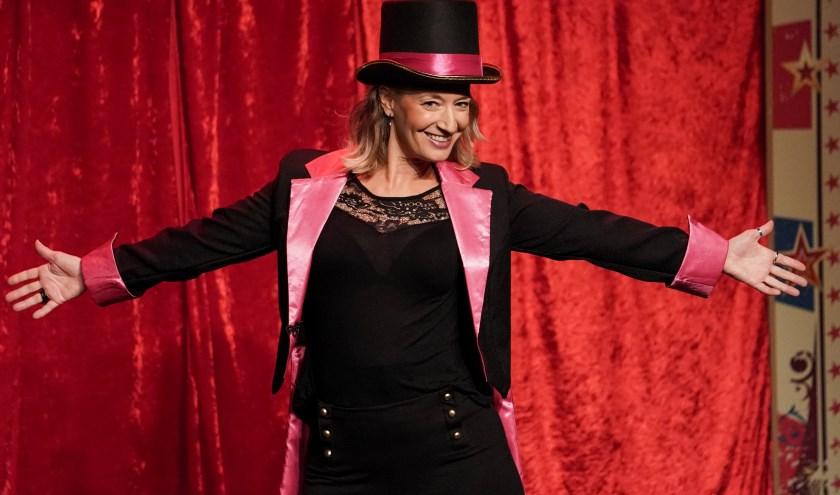 Janneke Jager gebruikt in haar voorstelling het circus als metafoor voor het leven.