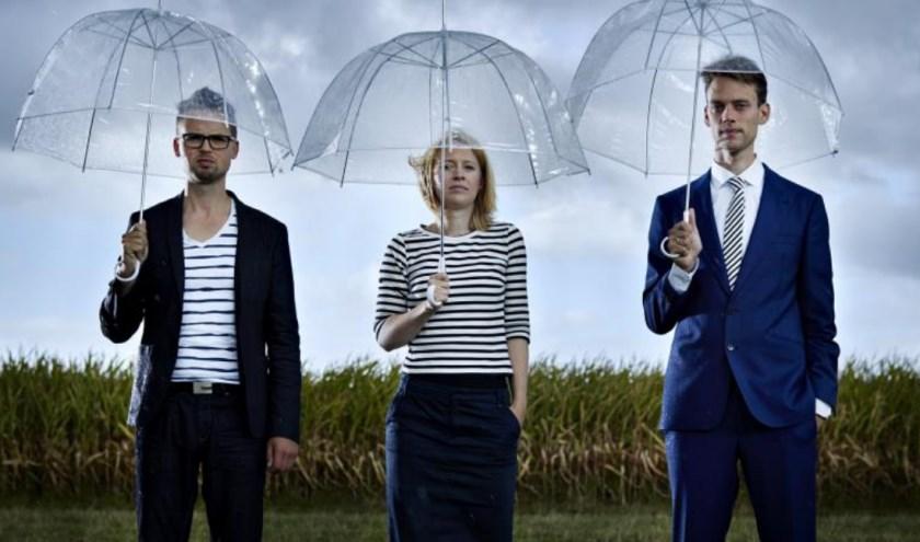 Het Rodion Trio bestaat uit Diederik Ornée, klarinet, Annelies Vrieswijk, saxofoon en Mark Toxopeus, piano.