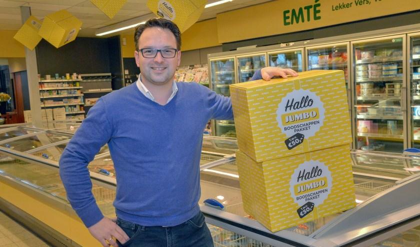 Jaap-Jan Aarnoudse, nu nog van de  EMTÉ supermarkt, is na de verbouwing de ondernemer van een Jumbo.
