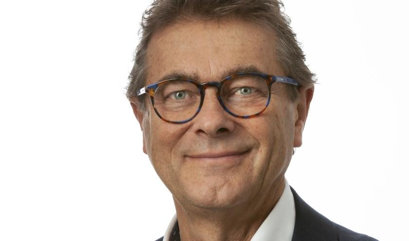 Hans van Ark heeft een veelzijdige loopbaan, de Wapenveldse predikant is nu kandidaat voor Provinciale Staten voor het CDA.