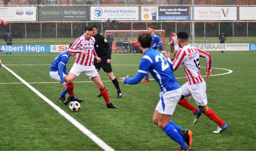 Bennekom staat momenteel gelijk met koploper NSC Nijkerk, wel met een wedstrijd meer gespeeld. (foto: gertbudding.nl)