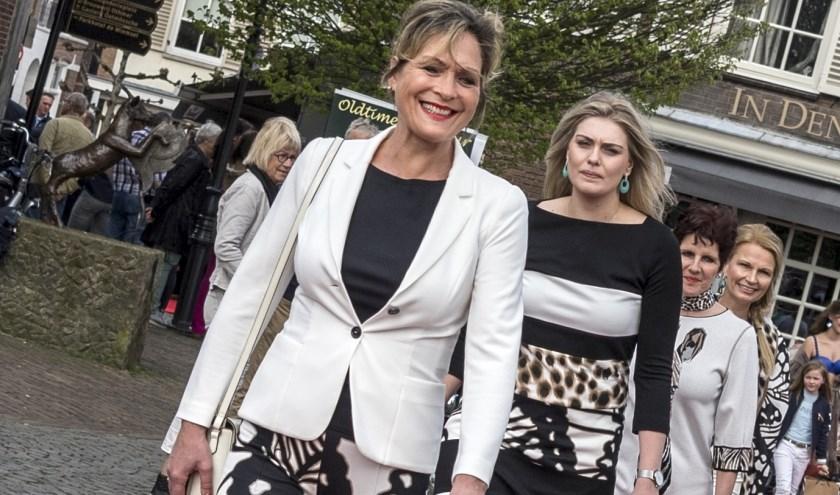 In Ootmarsum wordt op zondag 7 april de rode loper uitgelegd voor Fashion Sunday.