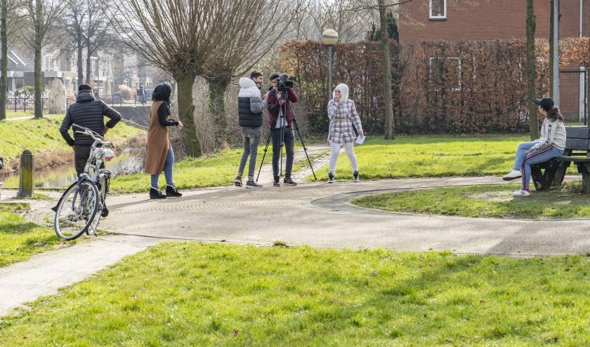 Er wordt hard gewerkt aan de film (foto Issaa Shaker)