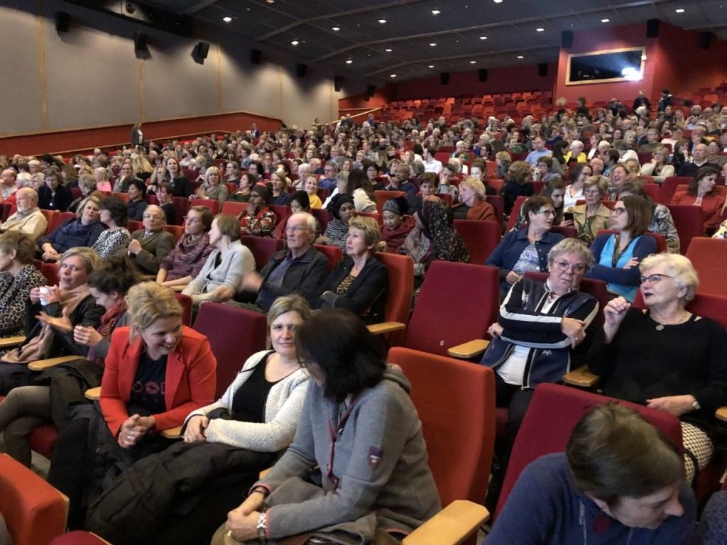 Bijna het hele Expotheater van Pathé gevuld bij Movie and More. Foto: Soroptimjst Club Ede © DPG Media