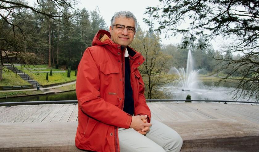 """Het was noch voor de vrede noch om politieke redenen dat Sinout in 1997 vanuit Egypte naar Apeldoorn kwam. """"Mijn vrouw is Nederlandse en we moesten kiezen tussen beide landen. """" (foto Gert Perdon)"""
