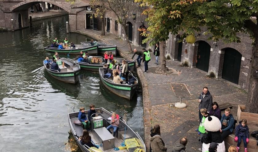Vorig jaar was het plastic vissen in de grachten van Utrecht georganiseerd.